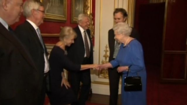 News video: Queen welcomes acting royalty at Buckingham Palace