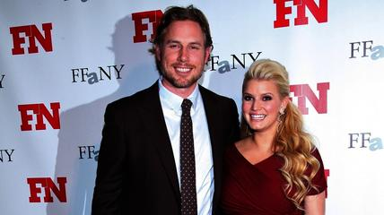 News video: Jessica Simpson Sets Wedding Date